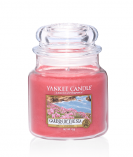 Yankee Candle Garden by the Sea Medium Jar - Doftljus